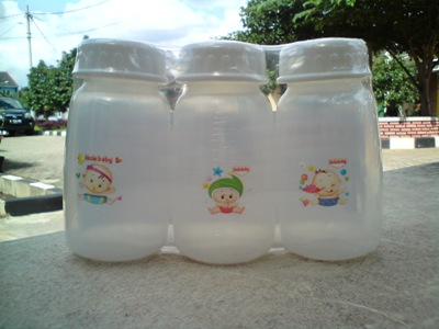 Botol asi little baby