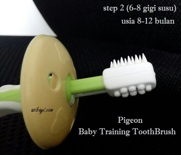 Pigeon Baby Training ToothBrush 2