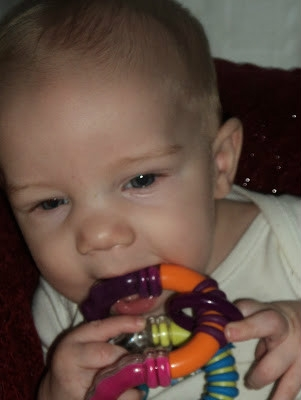tommee tippee rattle in use