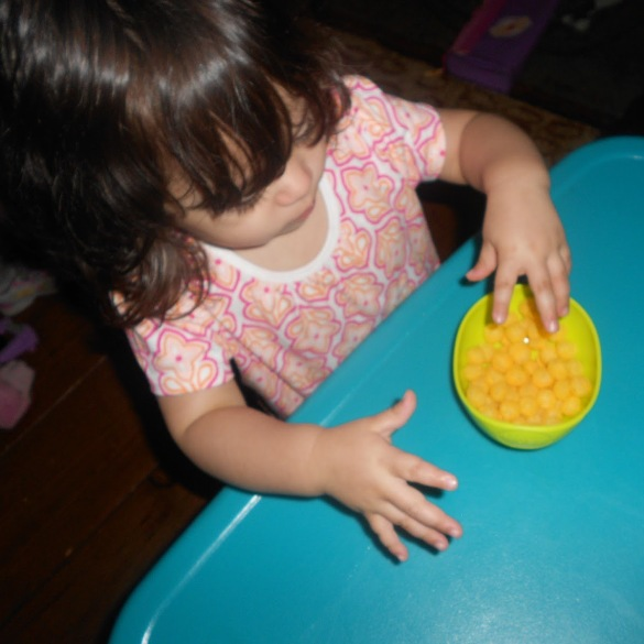 nuby sure grip bowl in use 3